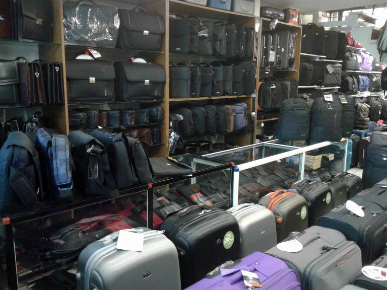 Βαλίτσες σκληρές